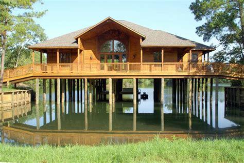3 Bedroom Log Homes & Cabins  The Retreat At Artesian Lakes