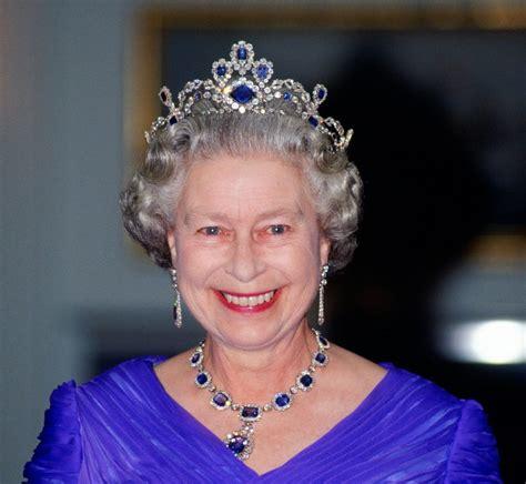 tiaras  queen elizabeth ii