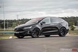 Tesla Modèle X : 2017 tesla model x p90d review video performancedrive ~ Medecine-chirurgie-esthetiques.com Avis de Voitures