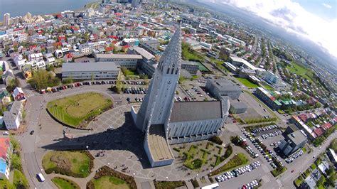 Hallgrímskirkja - Reykjavík, Iceland » Modern & Classic