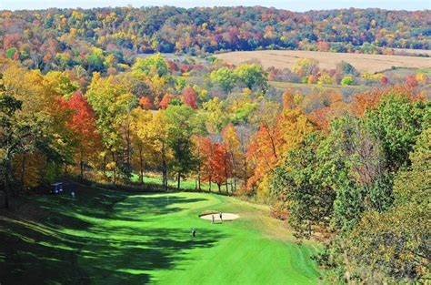 5 midwest golf courses made even better by fall chicago