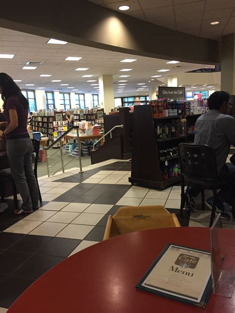 Barnes And Noble Cafe Hours by Barnes Noble Caf 233 Raleigh