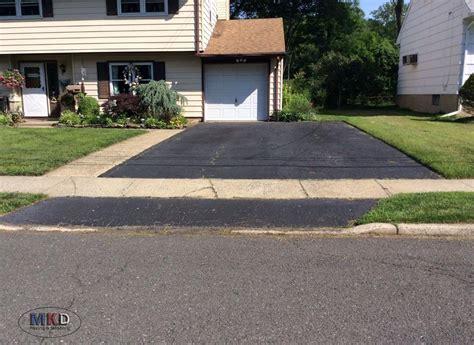 asphalt driveways asphalt paving blacktop driveways asphalt driveways