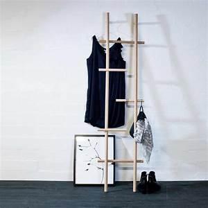 Echelle Porte Vetement : chelle en bois lendra par kommod boutique connox ~ Nature-et-papiers.com Idées de Décoration