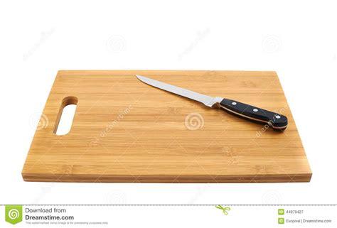 planche à découper cuisine couteau de cuisine en acier sur la planche à découper