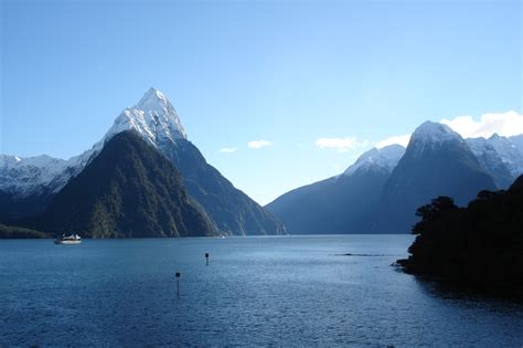 Spectacular Scenery Of Magnificent Milford Sound 43 Pics