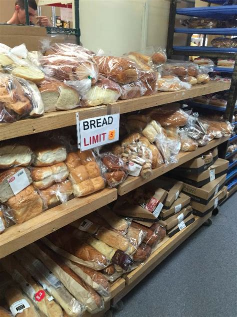 Bread Pantry Panera Covelli Support Volunteer Food Pantry In Alliance Oh