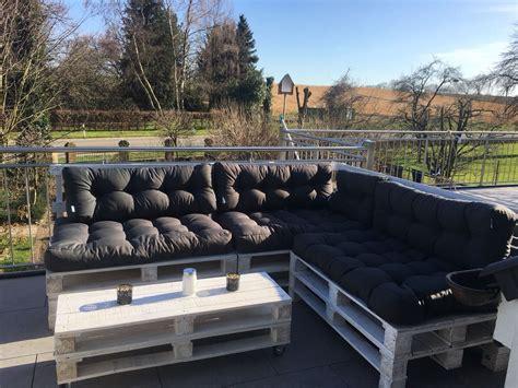lounge sitzecke aus paletten sitzecke moebel aus
