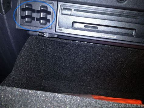schlitze im handschuhfach vw golf  golf sportsvan