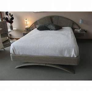 Couvre Lit Blanc : couvre lit ~ Teatrodelosmanantiales.com Idées de Décoration