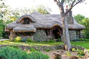 plans for cottages and small houses hobbit house my friend calls this the hobbit house a