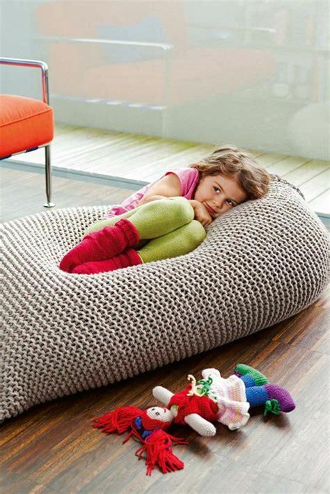 tabouret de bureau ergonomique le pouf au crochet confort et beauté à la maison