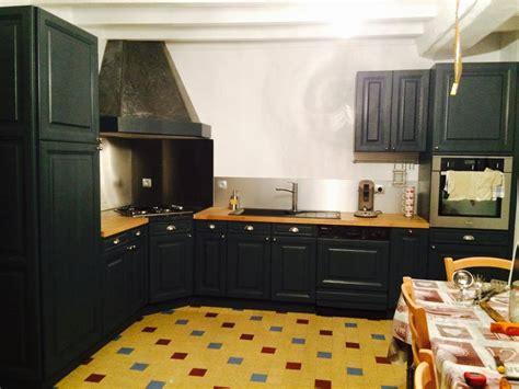 repeindre cuisine en gris comment moderniser une cuisine rustique eleonore déco