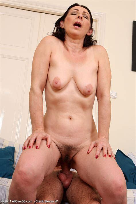 hairy wife fucks and sucks hard mature xxx pics