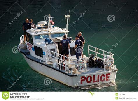 bureau marine chicago department marine unit patrolling editorial