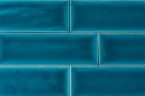 Metro Fliese blau gewellt 10x30   Jetzt kaufen bei ...