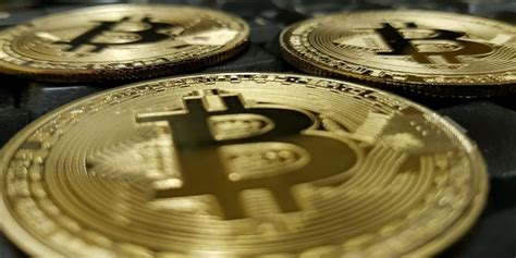 For money paths that do not include a mixer, a forensic investigator can typically track a bitcoin and. 5 Android Apps to Help You Track Bitcoin and Cryptocurrency Prices - Make Tech Easier