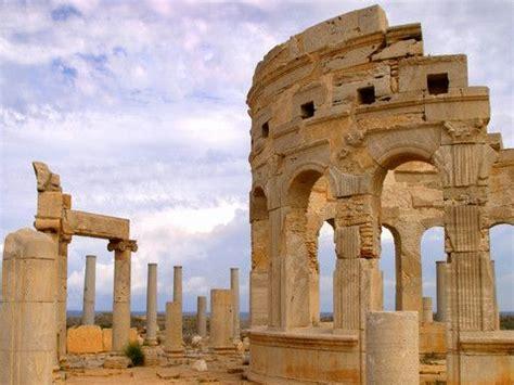 najslynniejsze rzymskie budowle  afryce polnocnej fotografi