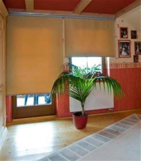 Dekorativ Und Praktisch Plissees Und Rollos Fuer Dachfenster by Rollos G 252 Nstig Und Einfach Kaufen Im Rolloshop