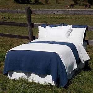 Couvre Lit Bleu : couvre lit bleu royal couvertures maison coton et textiles certifi s quitable et biologique ~ Teatrodelosmanantiales.com Idées de Décoration