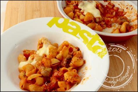 gratin de pates tomates recette gratin de p 226 tes 224 la tomate et chipolatas