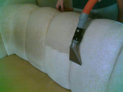 Reinigt Polstermöbel by Teppich Selber Reinigen Und Weitere Reinigungstipps