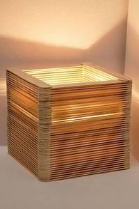 Holz Lampe Selber Bauen : originelle lampe aus holzspateln lamp shades pinterest ~ Michelbontemps.com Haus und Dekorationen