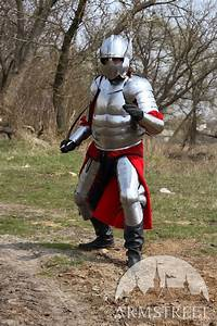 historical hussar plate armor suit realized
