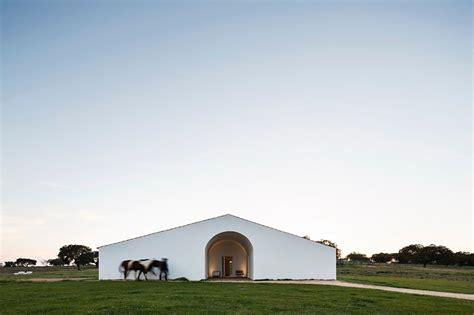 modern renovation  montemor  novo portugal