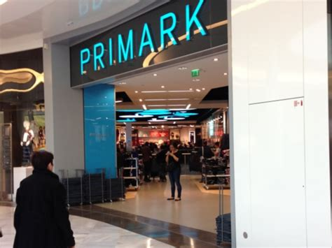 magasin cuisine part dieu lyon le magasin primark recherche 400 nouveaux salariés
