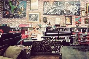 Love Hate Tattoo Studio Gallivant