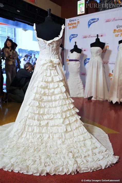la robe de mari 233 e en papier toilette