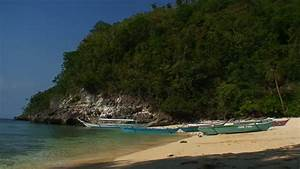 Hat Nopharat Thara Mu Ko Phi Phi National Park Is Located In Krabi Province, Thailand Séquences