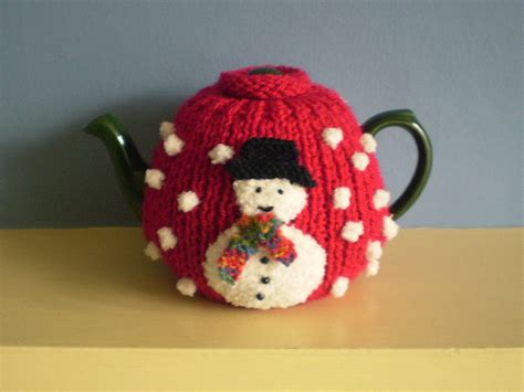 christmas knitted cozy cosies to knit cosy tea