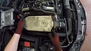 Mercedes-benz C 220 Cdi  Om651  - Changing The Air Filter
