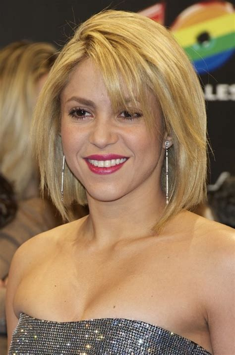 shakira hairstyles sexy short blonde shaggy bob cut