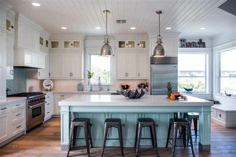 intracoastal beach home  large kitchen island