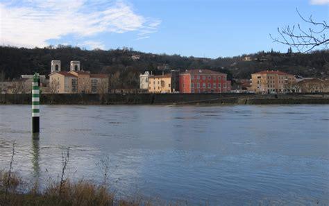 la maison du fleuve exposition espace nature des 238 les et l 244 nes du rh 244 ne