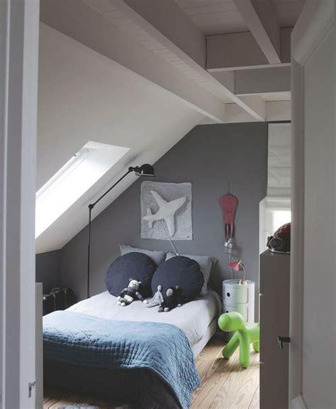 deco chambre mansardee decoration chambre mansardee garcon 14 les 25