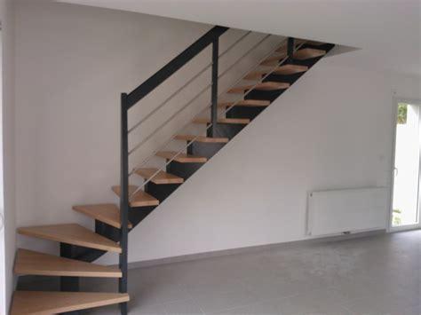 escalier 1 4 tournant 224 limon central bois teint 233 gris