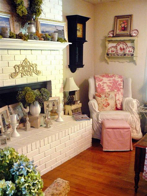 Decorating Ideas For Living Rooms Shabby Chic by Shabby Chic Living Rooms Hgtv
