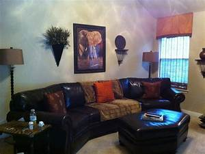 Jungle Themed Living Room - [peenmedia com]