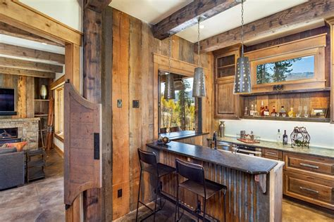 Rustic : 15 Distinguished Rustic Home Bar Designs For When You