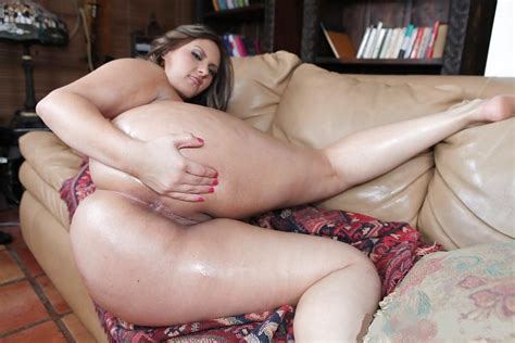 1116926045 In Gallery Big Ass Mom Picture 1 Uploaded