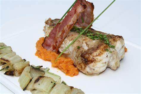 cuisiner queue de lotte au four queue de lotte rotie et puree de carotte au cumin