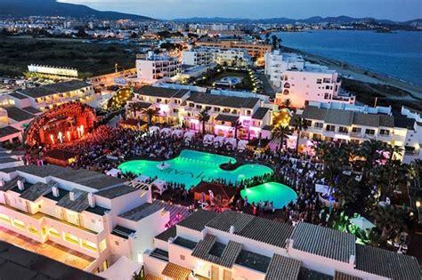 Party Boat Valencia Ibiza by Playa D En Bossa Ibiza Skytours
