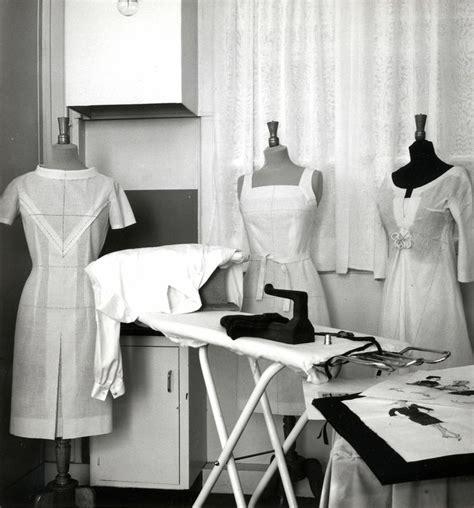 chambre syndicale de la couture parisienne definition 58 best metiers d 39 autrefois images on