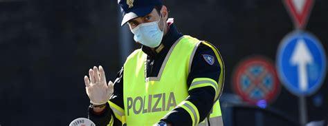 Mediji: Itālija pagarinās Covid-19 dēļ ieviestos ...