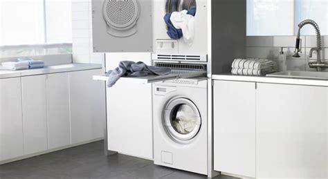 lave linge dans la cuisine intégrer un lave linge dans la salle de bains