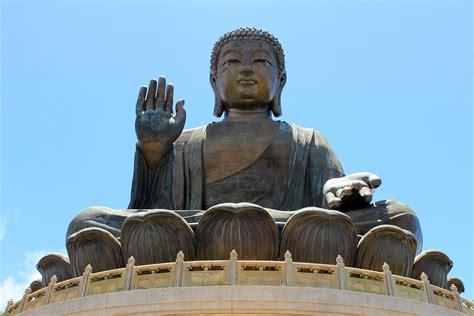 Have archaeologists found buddha's remains? Buddha - Wikipedia